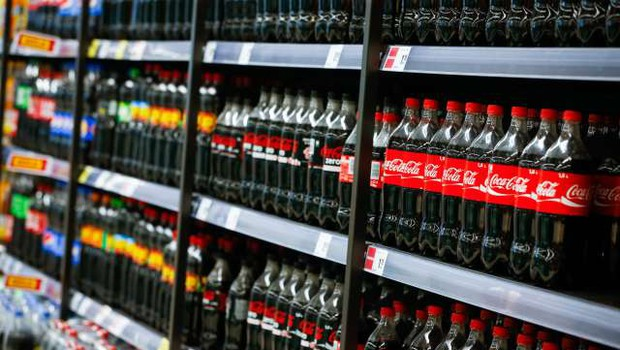 Coca-Cola v ZDA napovedala plastenke iz izključno reciklirane plastike (foto: Anže Malovrh/STA)