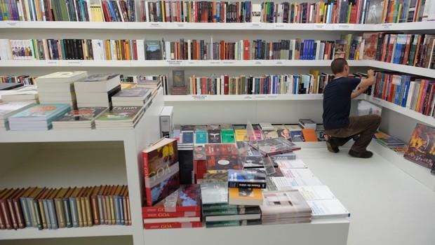 Knjigarne, papirnice in klubski centri Mladinske knjige spet odprti (foto: profimedia)
