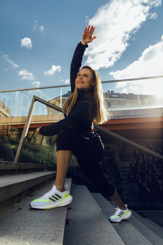 Tukaj je nova generacija legendarnih tekaških copat, ki prinaša neverjeten povratek energije (foto: Promocijsko gradivo)