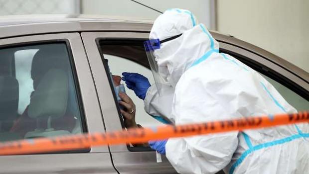 Na Hrvaškem zabeležili prve tri okužbe z britansko različico novega koronavirusa (foto: Hina/STA)