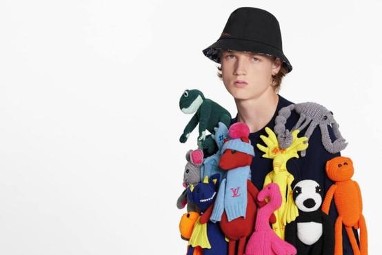 Splet pravi, da je to najgrši pulover na svetu – zanj pa je potrebno odšteti kar 6.600 evrov