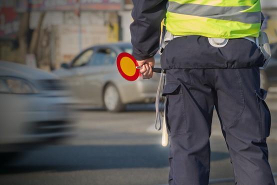 Danes odločitev o odpravi prepovedi prehajanja občinskih mej