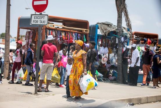 Protikoronski ukrepi po svetu iz prve roke: Jeannine, Južnoafriška republika