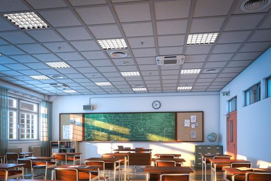 Šolski razredi se bodo v ponedeljek spet napolnili, na vzhodu države počitnice