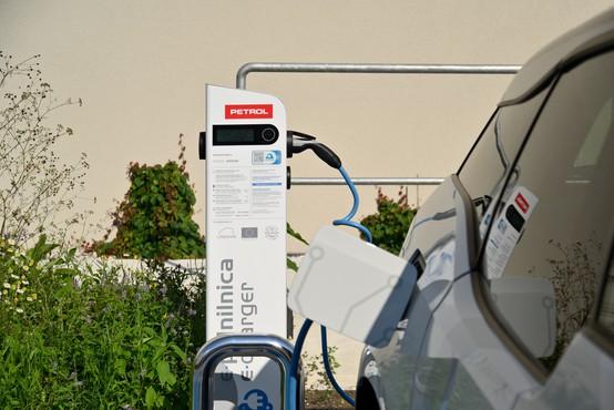 Bo Petrol rešil težavo pomanjkanja električnih polnilnic?