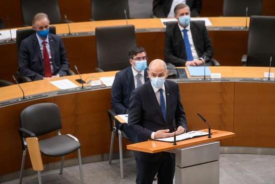 Erjavcu ni uspelo, nezaupnica Janševi vladi ni bila izglasovana