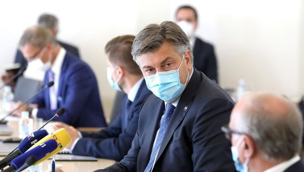 Plenković in njegovi ministri sedijo na najboljših stolih na svetu, vrednih 3.000 EUR (foto: Profimedia)