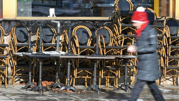 V Avstriji bodo restavracije in hoteli zaprti do velike noči, na Tirolskem še vedno omejitev gibanja (foto: Shutterstock)