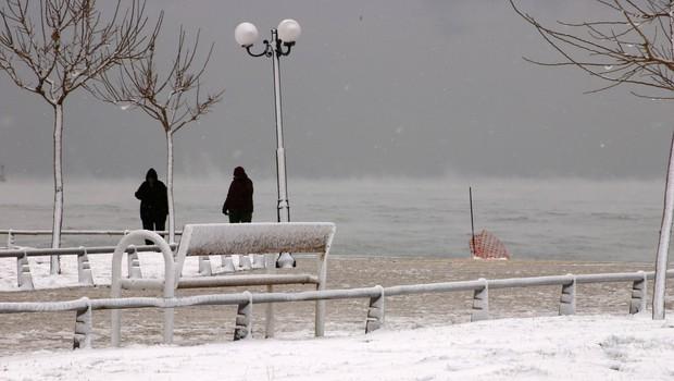 Grčijo zajelo obilno sneženje, kakršnega ne pomnijo že več let (foto: Profimedia)
