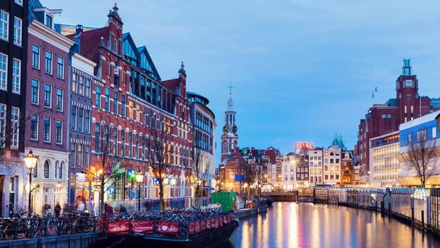 Nizozemsko prizivno sodišče razveljavilo odločitev o odpravi policijske ure (foto: Profimedia)