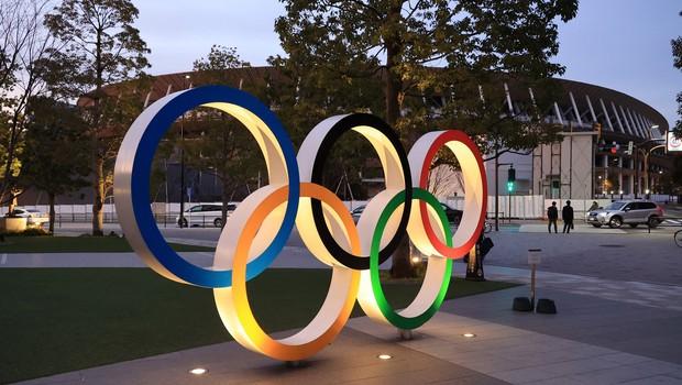 V ozadju japonskega nezaupanja v covid cepiva in posledic na prihajajoče olimpijske igre (foto: profimedia)