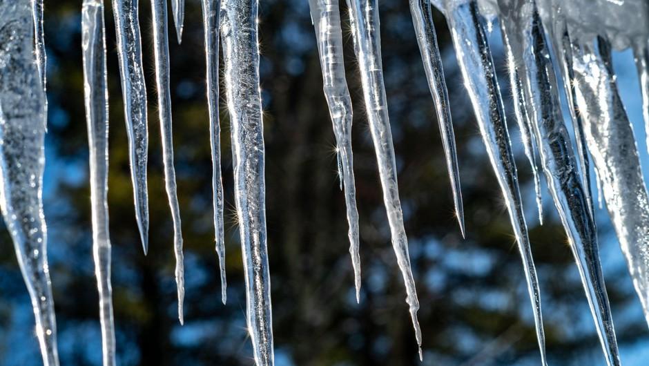 V številnih delih ZDA izredne razmere zaradi nizkih temperatur, tudi do minus 39 stopinj Celzija (foto: Profimedia)