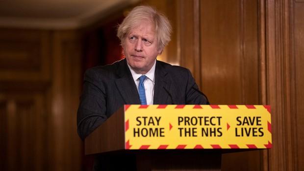 Borisu Johnsonu se je jezik zapletel kar 7-krat, ko je skušal izgovoriti ime novega zdravila za covid (foto: profimedia)