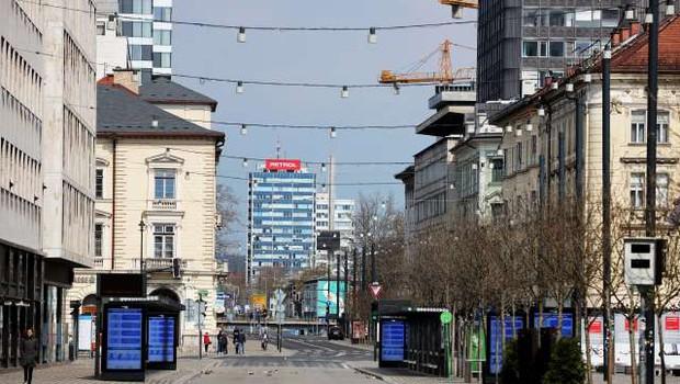 Zaradi manj prometa med epidemijo najverjetneje tudi manj škodnih primerov (foto: Daniel Novakovič/STA)