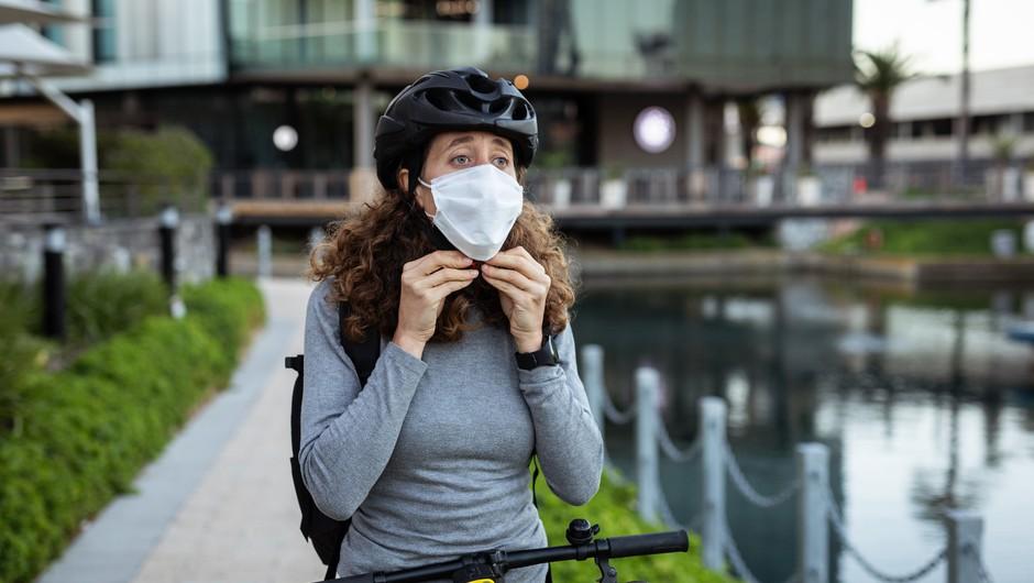 Še naprej popušča pritisk na bolnišnice, sedemdnevno povprečje okužb se zmanjšuje (foto: Profimedia)
