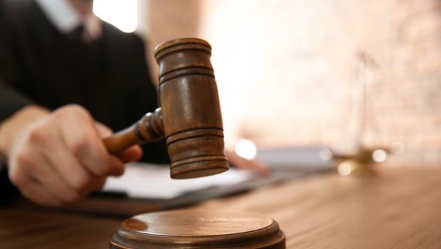Korupcijska afera v zdravstvu dobiva epilog: Sodišče prvo skupino obtoženih spoznalo za krive (foto: Shutterstock)
