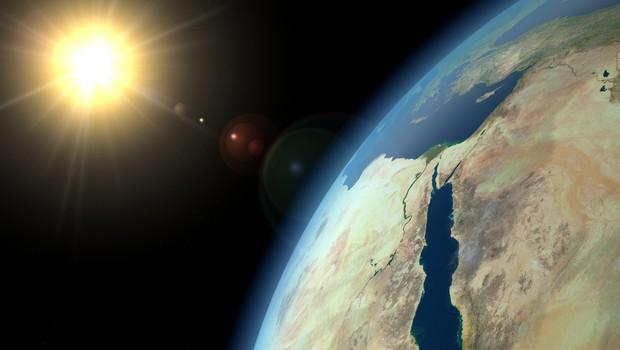 Novi podatki kažejo, da se ozonski plašč obnavlja hitreje. Razlog? Kitajska zmanjšuje onesnaževanje. (foto: Shutterstock)