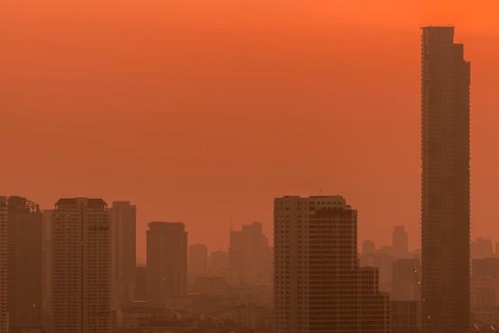 V petih največjih mestih zaradi onesnaženega zraka lani 160.000 prezgodnjih smrti