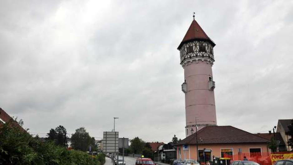 V Brežicah bodo prenovljeni vodovodni stolp namenili turizmu (foto: Rasto Božič/STA)