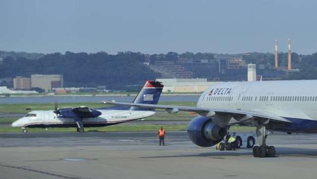 V ZDA nov zasilni pristanek boeinga zaradi domnevnih težav z motorjem (foto: Xinhua/STA)