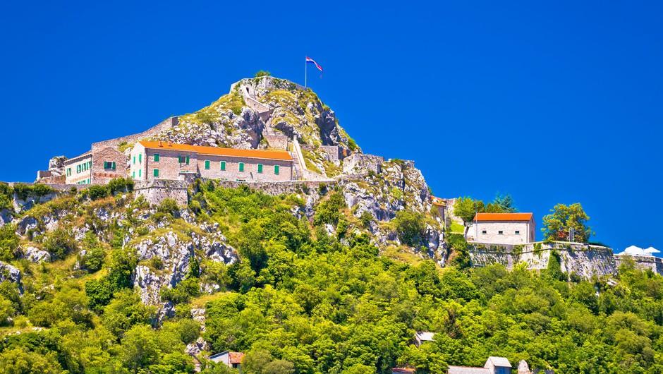 V hrvaškem Kninu danes rekordnih več kot 25 stopinj Celzija (foto: Profimedia)