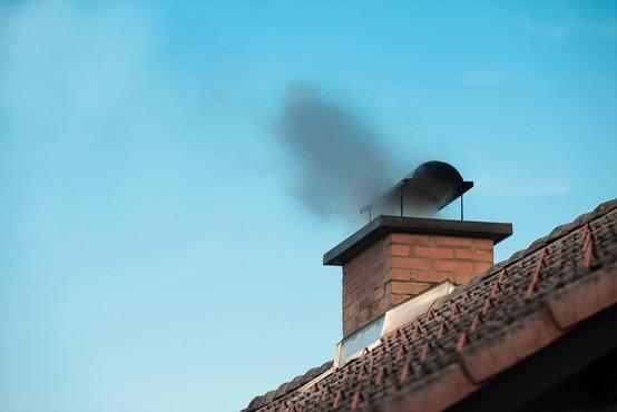 Danes in v petek pričakovana visoka onesnaženost zraka s PM10 delci