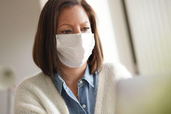 Podatki stagnirajo, 7-dnevno povprečje okužb je 768, za prehod v rumeno fazo šele pod 600
