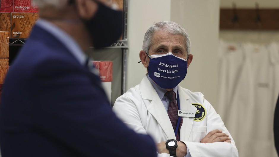 """Anthony Fauci: """"Pustil bi se cepiti s katerim koli od cepiv, ki bi mi bilo takoj na voljo!"""" (foto: profimedia)"""