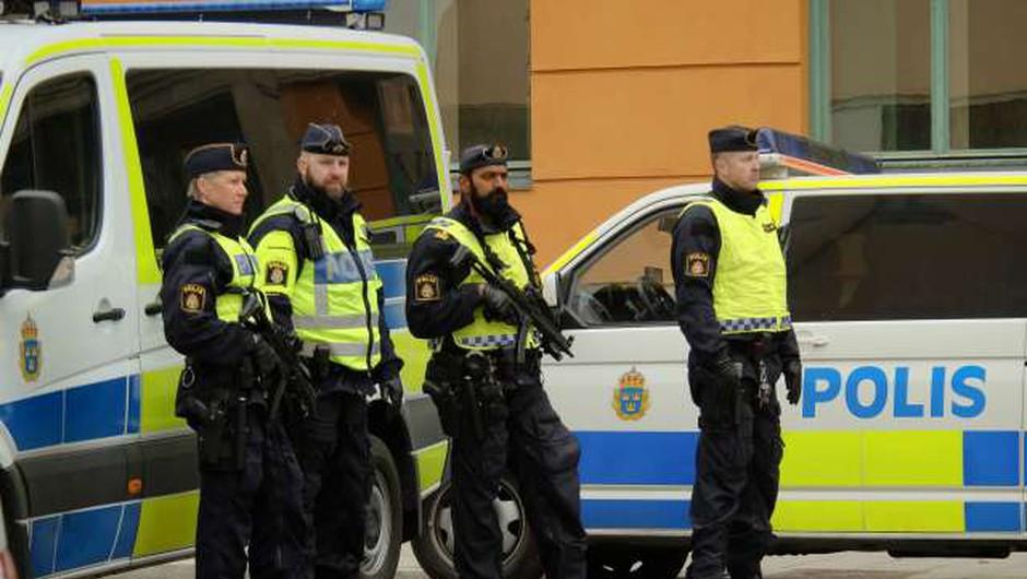 Na Švedskem več ranjenih v domnevnem terorističnem napadu (foto: Xinhua/STA)
