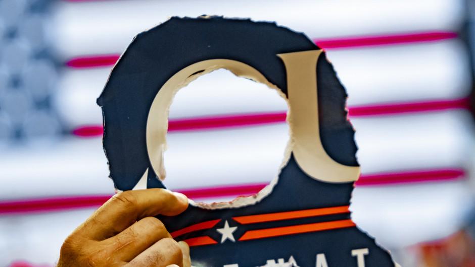 Prerokba QAnona se ni izpolnila, Trump se 4. marca ni vrnil v Belo hišo (foto: Shutterstock)