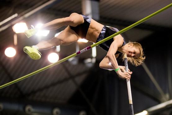 Tina Šutej srebrna na dvoranskem evropskem prvenstvu v skoku s palico