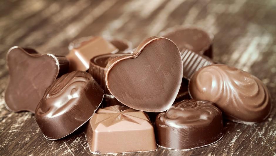 Švicarji upali, da bodo potrošniki iskali uteho za epidemijo v čokoladi, a so se ušteli (foto: profimedia)