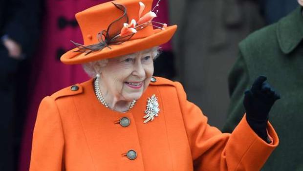 Britansko kraljico razžalostili očitki Harryja in Meghan glede rasizma (foto: Xinhua/STA)