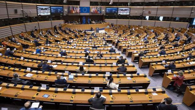 Evropski parlament odvzel imuniteto katalonskim evroposlancem (foto: Thierry Monasse/STA)