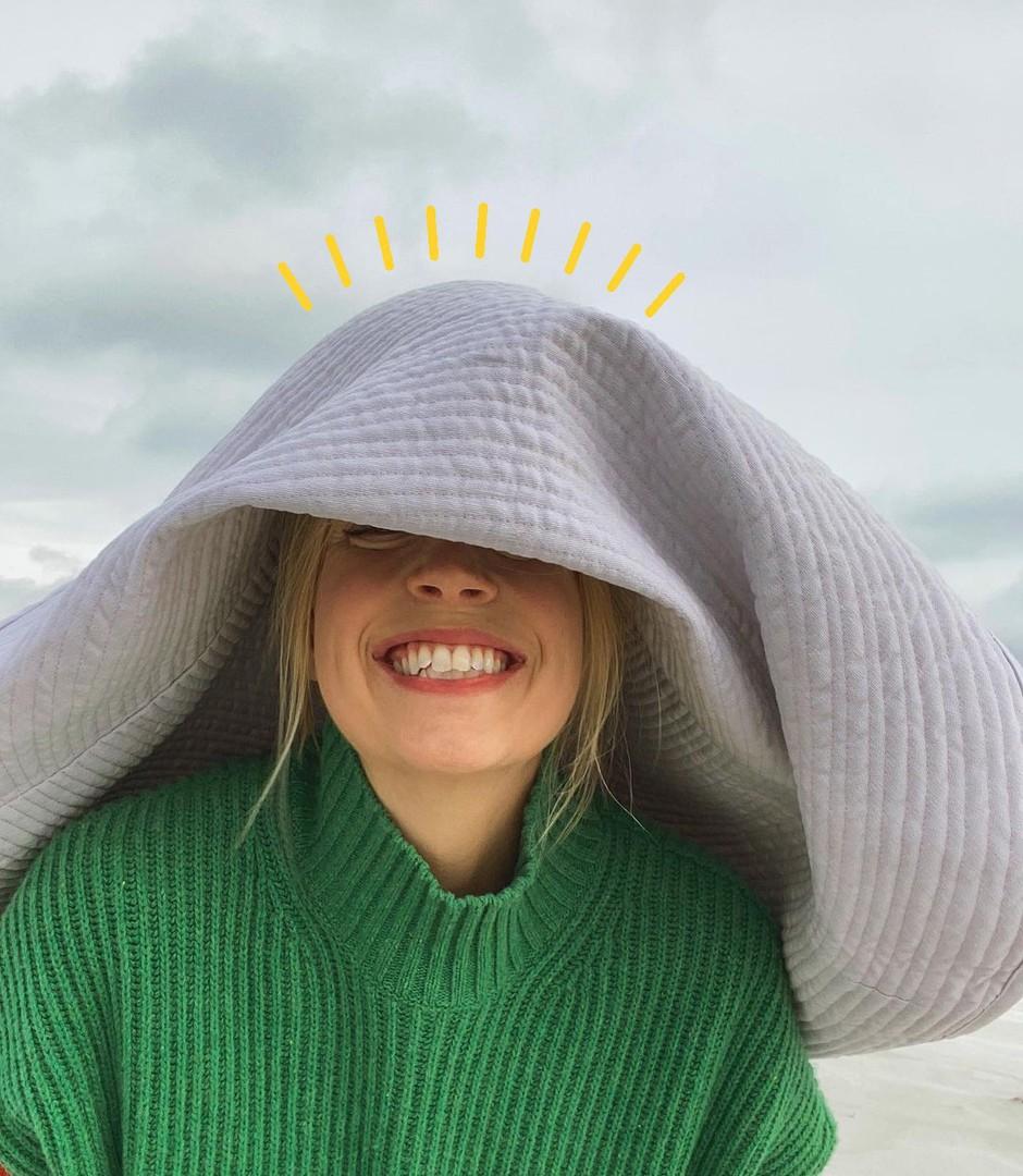 Frizerji pravijo: TA pričeska bo z vašega obraza odštela 10 let (in ja, deluje!) (foto: Profimedia)