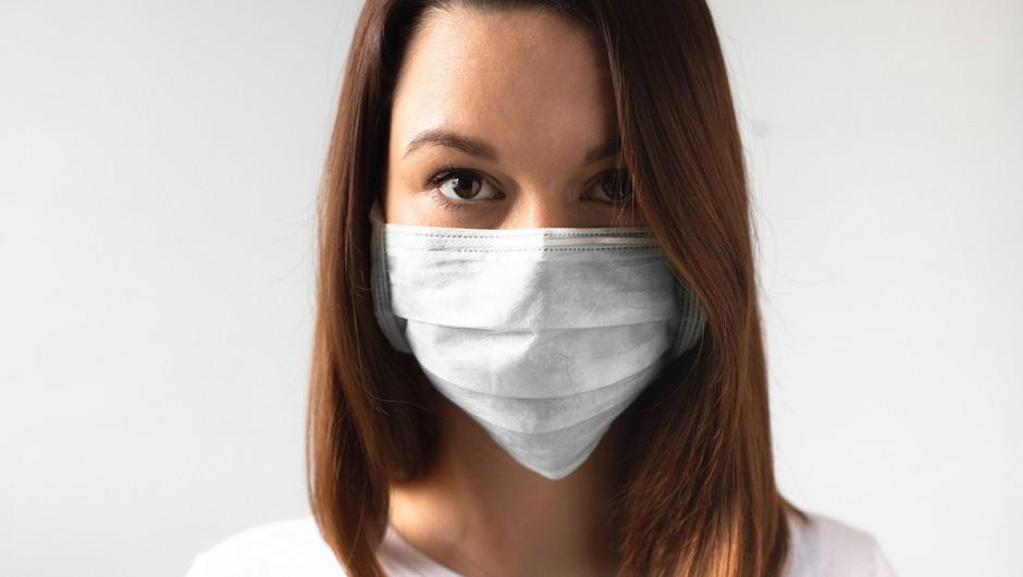V sredo potrdili 860 okužb, delež pozitivnih testov znašal 14,9 odstotka (foto: Profimedia)