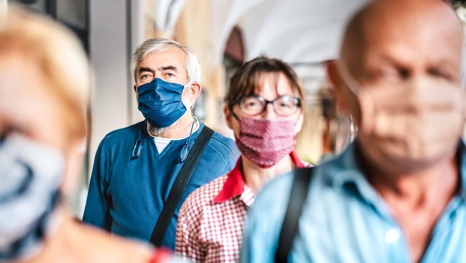 Pred točno letom dni je bila razglašena pandemija, število umrlih se približuje trem milijonom (foto: Shutterstock)