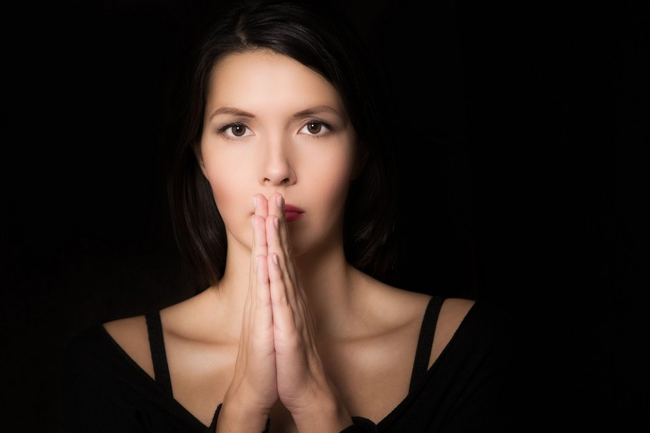 7 spiritualnih prepričanj, ki razumljena narobe opravičujejo zlorabo (foto: profimedia)