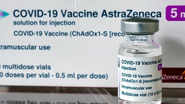 V EU pomanjkanje, v ZDA pa se cepivo AstraZenece kopiči v skladiščih (foto: profimedia)