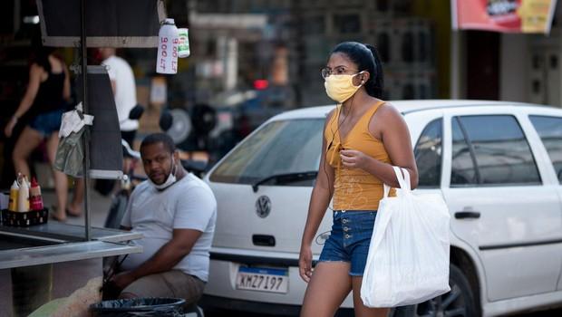 Brazilija po številu okužb in smrti prehitela Indijo in zaostaja le za ZDA (foto: profimedia)