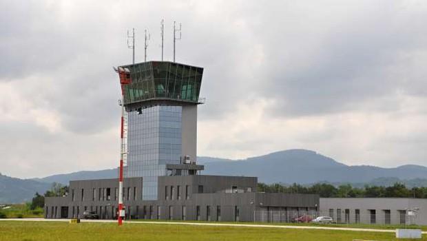 Prva faza prenove letališča Cerklje ob Krki bo letos končana (foto: Rasto Božič/STA)