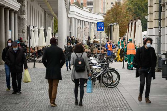 Slovenija po presežni umrljivosti konec 2020 črna ovca v EU