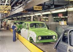 Renault 4 - zanimiv in poseben tudi 60 let kasneje!