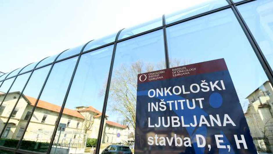 Onkološki inštitut bo cepil onkološke bolnike (foto: Tamino Petelinšek/STA)
