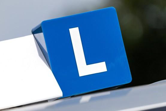 Dobili smo novega rekorderja po številu poskusov opravljanja vozniškega izpita