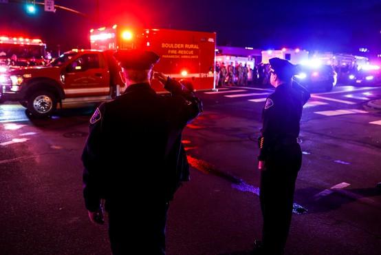 Strelski pokol v trgovini v bližini Denverja, umrlo deset ljudi