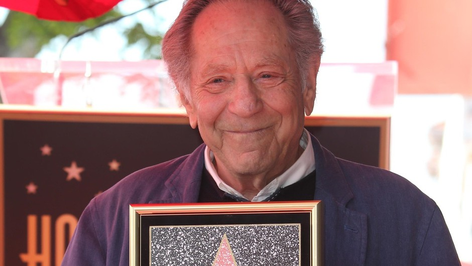 Zaradi zapletov pri srčni operaciji umrl igralec George Segal (foto: Profimedia)