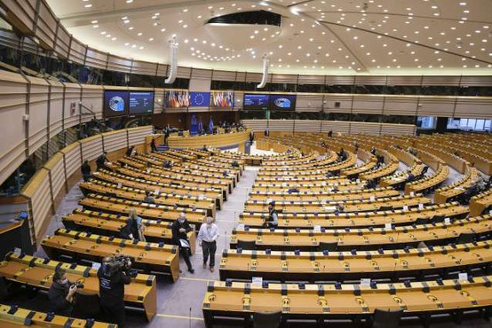 Janša in Simoniti se bosta udeležila razprave o Sloveniji v okviru skupine Evropskega parlamenta
