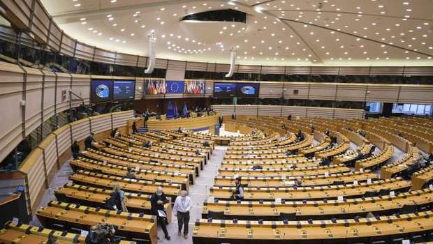 Janša in Simoniti se bosta udeležila razprave o Sloveniji v okviru skupine Evropskega parlamenta (foto: Thierry Monasse/STA)