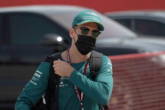 Vettel imenoval svojega Astona Martina po Bondovem dekletu